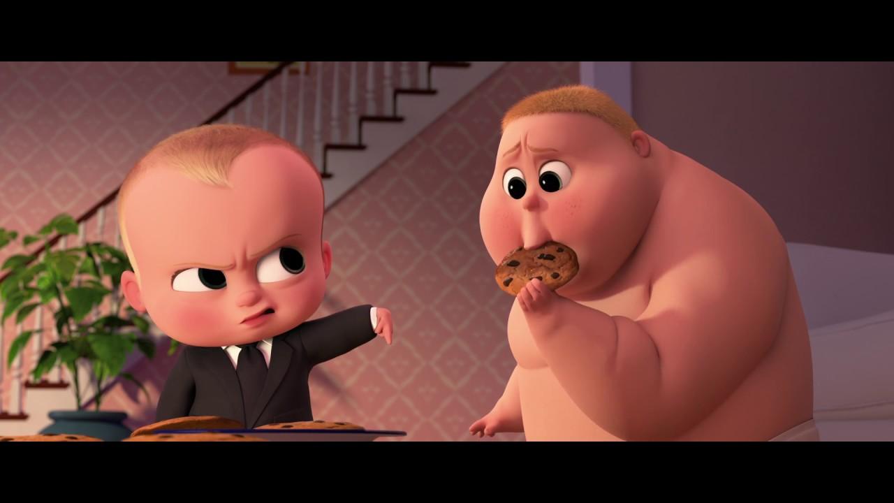 """Em bé và cún cưng Cuộc chiến không hồi kết trong phim """"Nhóc trùm"""""""