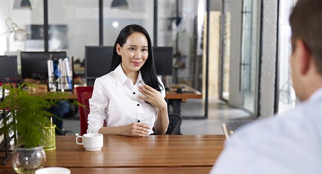 """Hãy Giới Thiệu Về Bản Thân Bạn"""" - CareerBuilder.vn"""